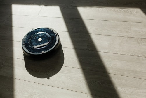 roomba cleaning laminate floors