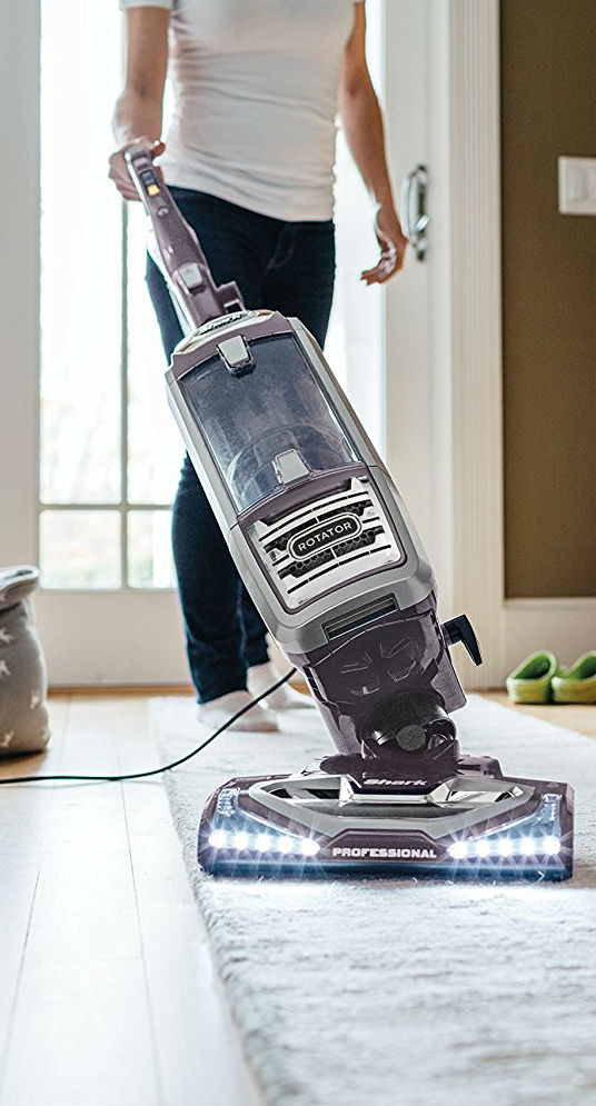 shark rocket vacuum cleaner features