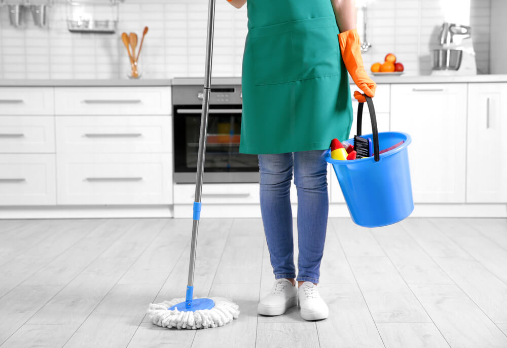 How Long Does It Take One Person to Clean a House