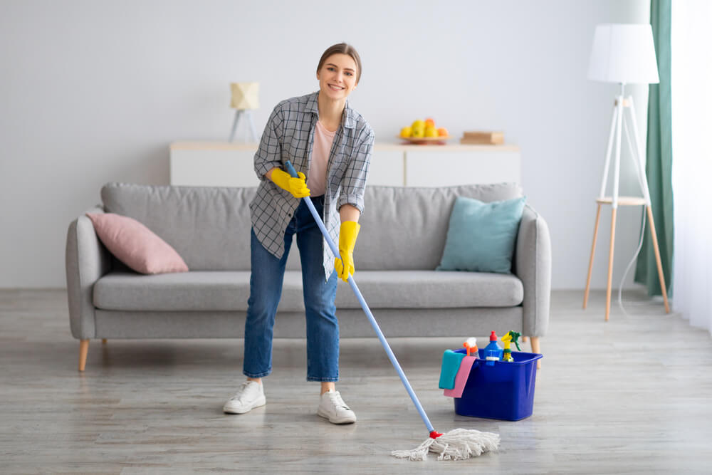 How Long Does It Take To Clean A House