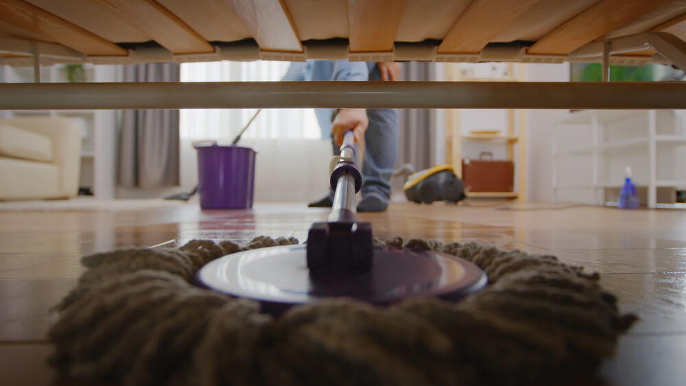 How to clean under the bed without a vacuum