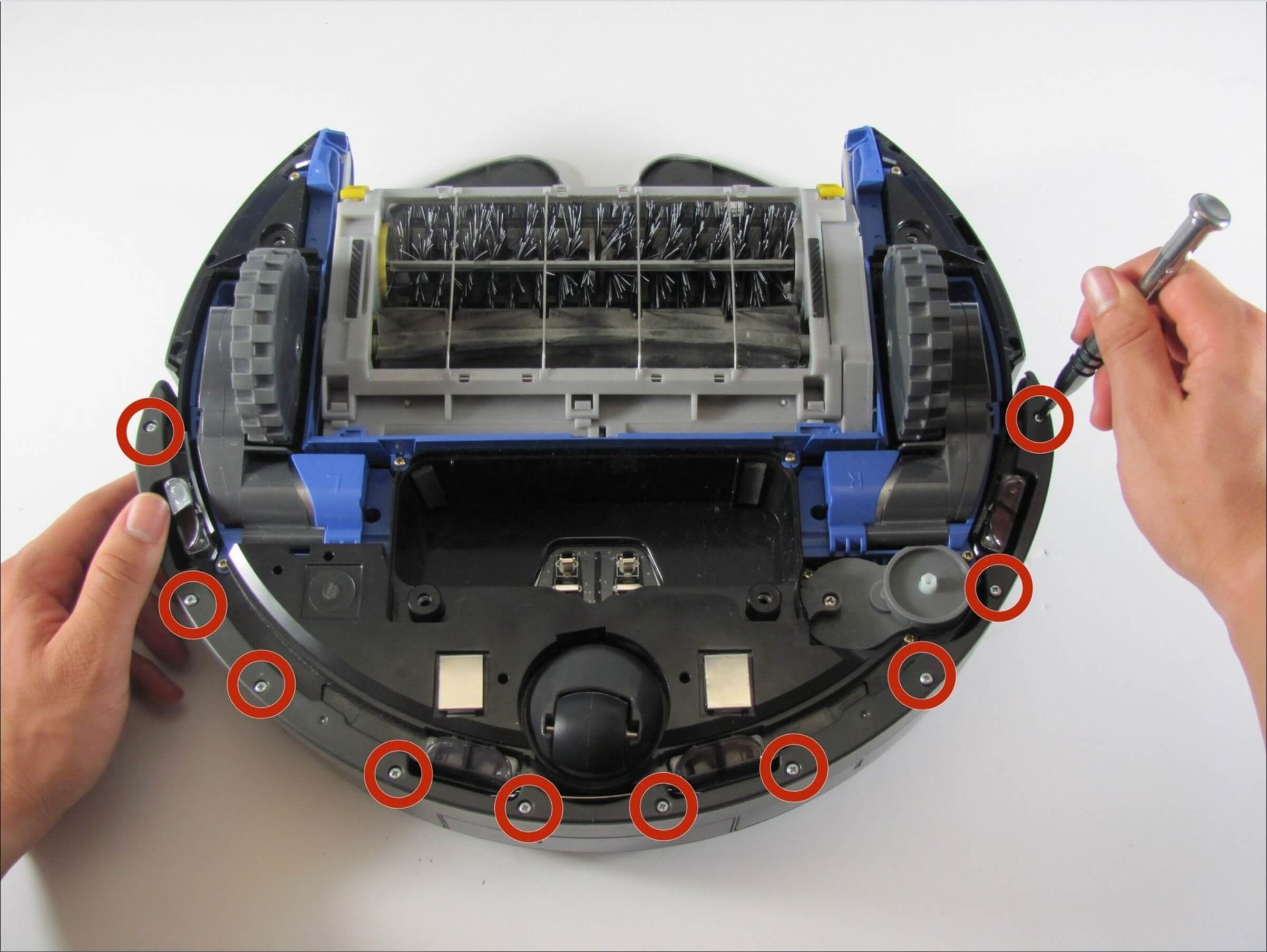 Cleaning the Roomba's bumper