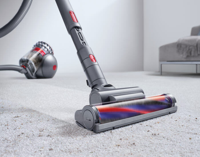 Dyson vacuum not spinning